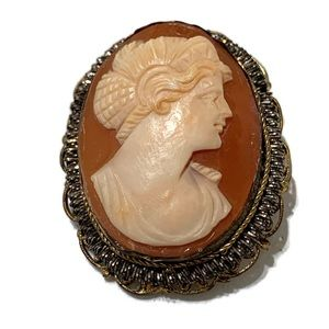 Jewelry - Vintage or antique Italian shell cameo brooch